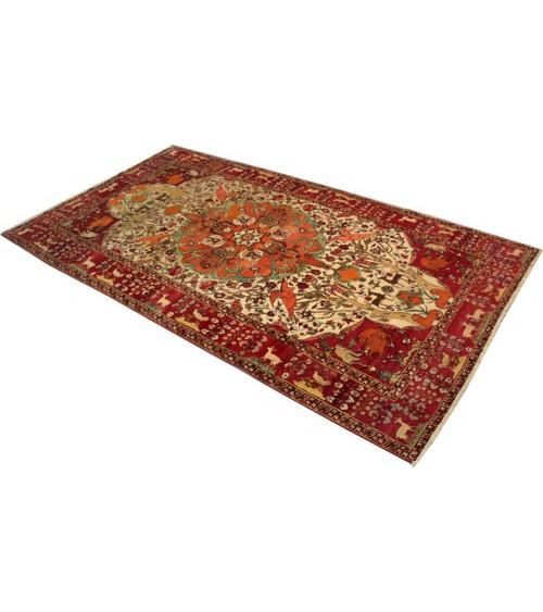 Antique tapis, Tehran, Iran - Galaxy Tapis 3