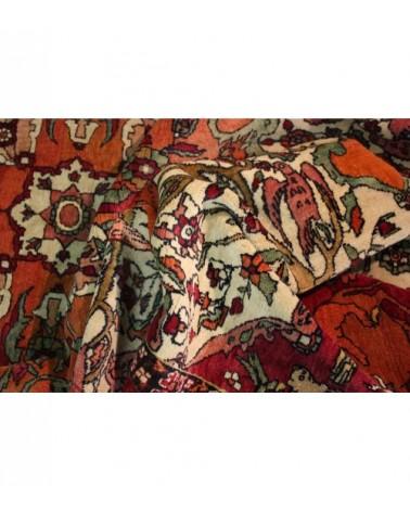 Antique tapis, Tehran, Iran - Galaxy Tapis 4